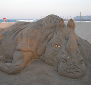 durban-north-beach-sand-sculture-1b
