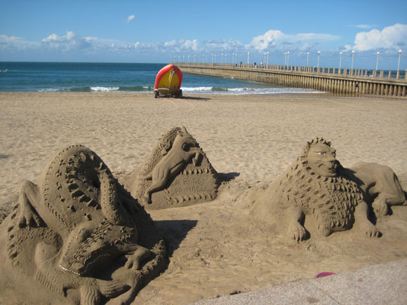 durban-north-beach-sand-sculture-2