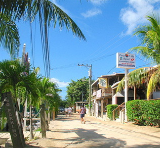 roatan-west-end-2