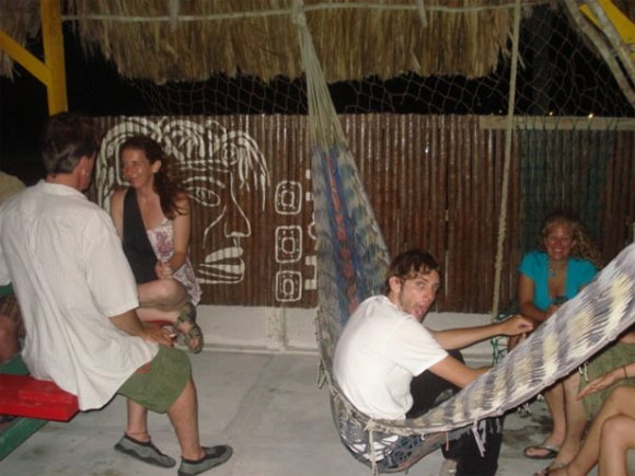 i&i-bar-caye-caulker-belize-2
