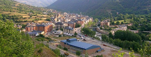 Sort-Pallars-Sobira-Spain-panorama
